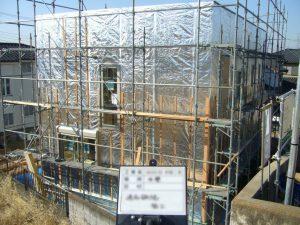 家全体を高純度アルミで丸ごと包み込む遮熱工法
